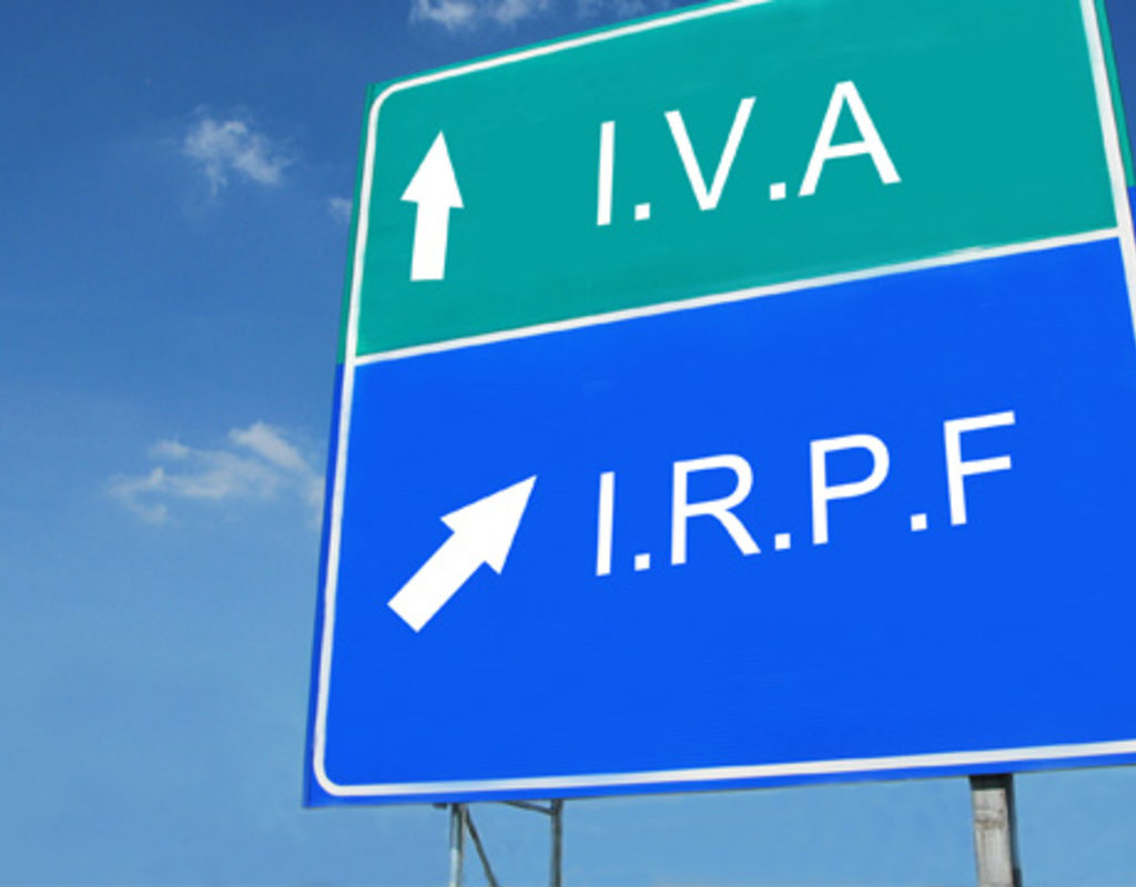 Avís de presentació de models i terminis de declaració. IRPF, IVA, i societats. Gener i febrer 2016